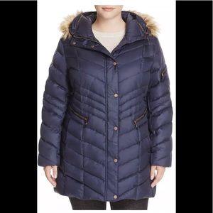 Jackets & Blazers - Mar New York down puffer hooded  faux fur navy XS